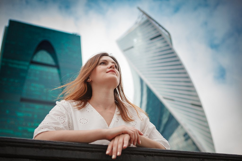 Women on MoscowCity background